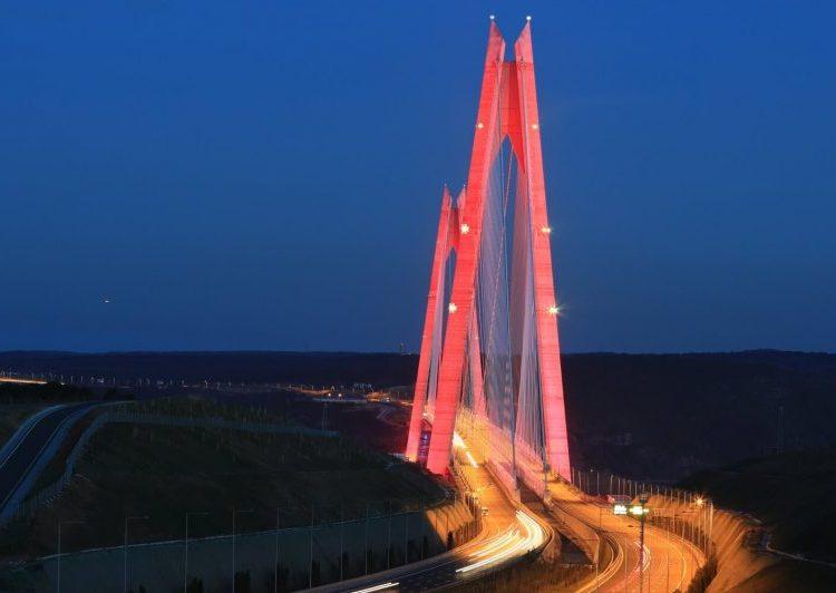 Istanbul 3. Köprü Uçak Ikaz Lambaları