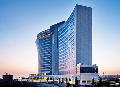 İstanbul Ataköy Hyatt Regency Hotel – MIOL-AB Orta Yoğunluklu Uçak Ikaz Lambası